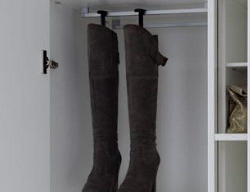 Einlegeboden für Stiefel (mit Reling)